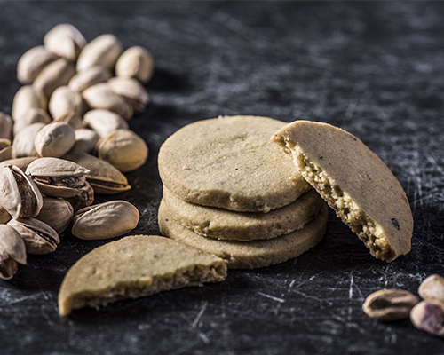 Pistacchio/Mandorle: Uova-Zucchero-Mandorle-Pistacchi